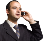 Скачать PNG картинку на прозрачном фоне Парень в костюме держит старый мобильный телефон у уха